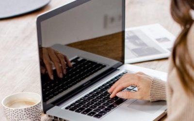 Virtuelle Assistentin Zusammenarbeit